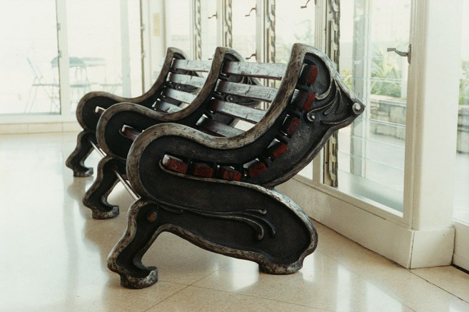 Forbidden park, 1999 / Cast aluminum, wood and copper / 100 x 300 x 120 cm
