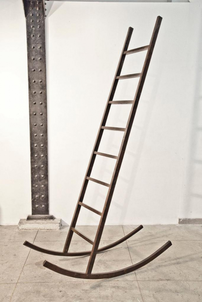 Will of power, 2013 / Cast bronze / 230 x 60 x 135 cm