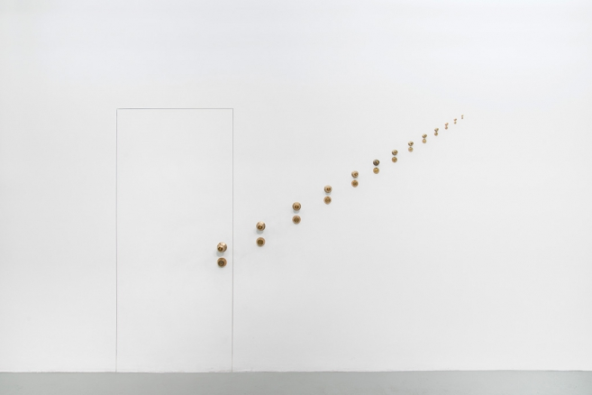 The Other Exit, 2014 / Grooved wall and bronze / Variable dimensions